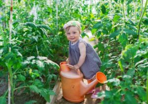 Benefits of gardening with your kids