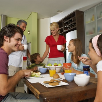 Family Mealtime Matters for Teens Too!