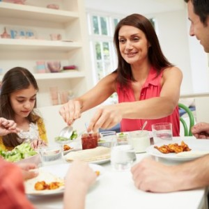5 Tips for Raising A Healthy Eater From Breast to Table