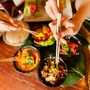 eating at asian restaurant HP