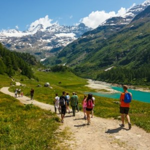 How to Plan the Perfect Hike with Your Family