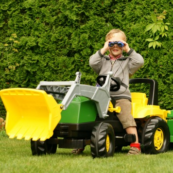 Outdoor Activities for Your Little One