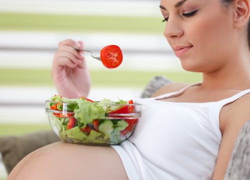 5 Things You Should Know If You're Pregnant and Vegan