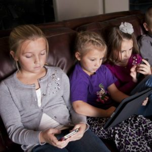 limiting screen time in kis