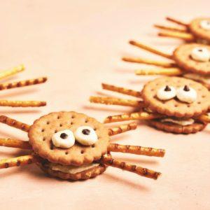 Peanut butter cracker and pretzel spider healthy halloween recipe - SuperKidsNutrition.com