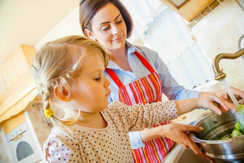 Tips on cooking with the kids