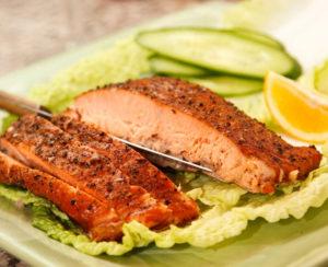salmon lettuce dinner