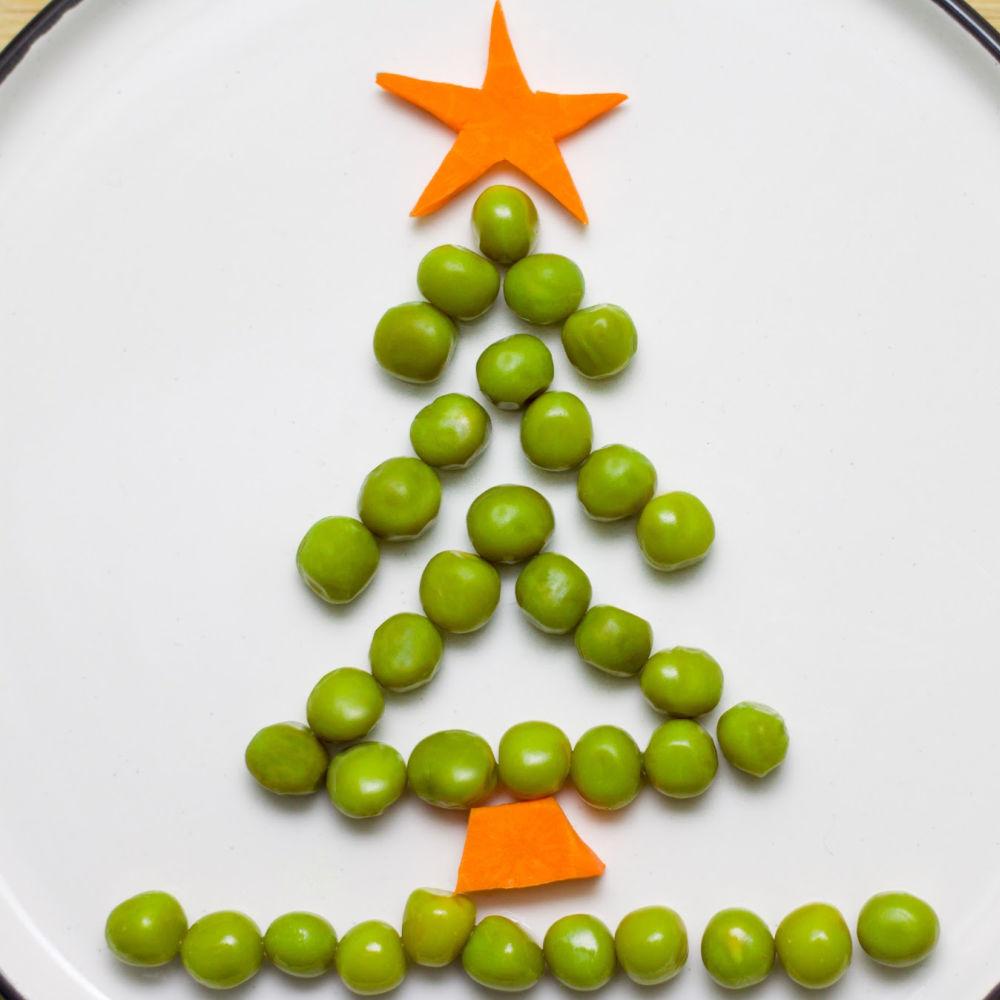 Christmas tree peas food art
