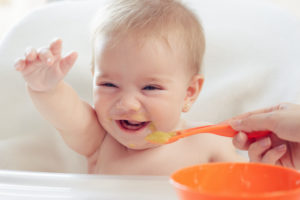 9 month old baby eating sample meal plan
